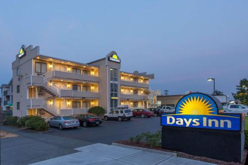 Days Inn Seattle North of Downtown Photo