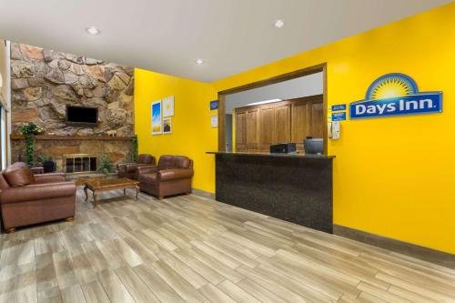 Days Inn Delta Photo