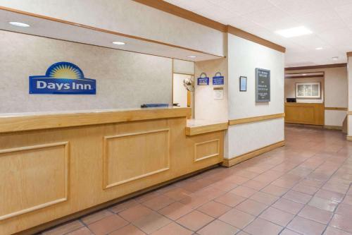 Days Inn Seguin Photo