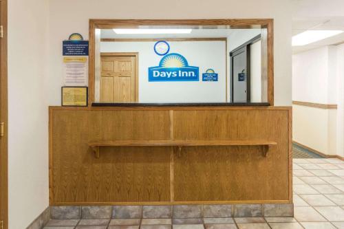 Days Inn Stoughton Photo