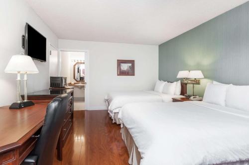 Days Inn & Suites Sunnyvale Photo