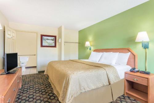 Days Inn Ashburn Photo