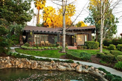1401 S Oak Knoll Ave, Pasadena, CA 91106, United States.