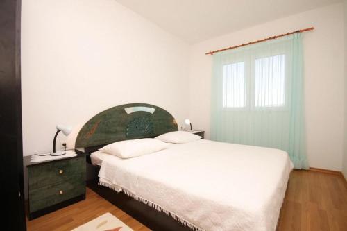 Apartment Razanj 8361b