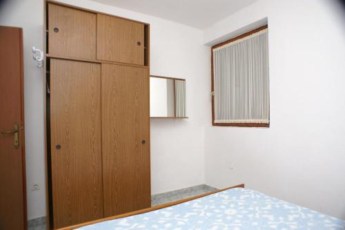 Apartment Novalja 4114a