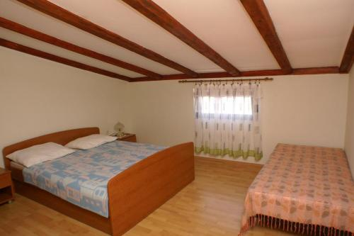Apartment Zubovici 4065b