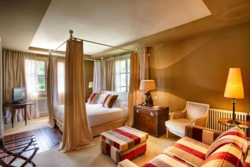 King Room with Garden View Hotel Iturregi 1