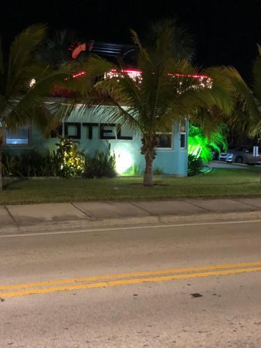 White Horse Motel Photo