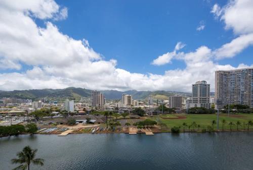 Modern Waikiki Sleek Studio - Honolulu, HI 96815