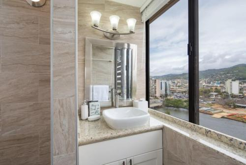 Brand New Waikiki Studio - Honolulu, HI 96815
