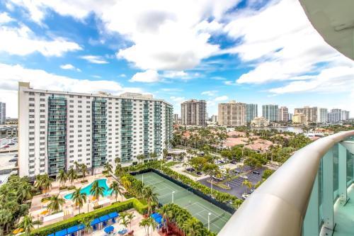 Oceanview Sunny Isles Beach Luxury Condos Photo