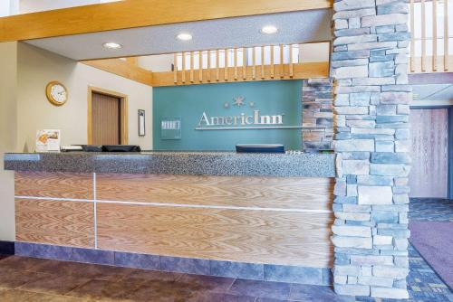 AmericInn Hotel & Suites Sioux Falls Photo