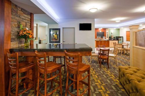 AmericInn Hotel & Suites - Sibley Photo