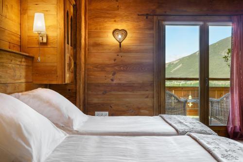 Habitación Doble con vistas a la montaña Hotel Viñas de Lárrede 4