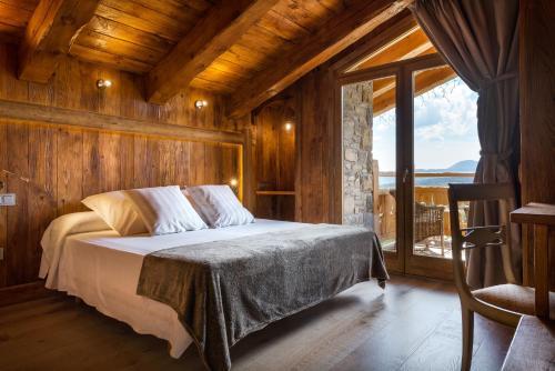 Doppelzimmer mit Bergblick Hotel Viñas de Lárrede 1