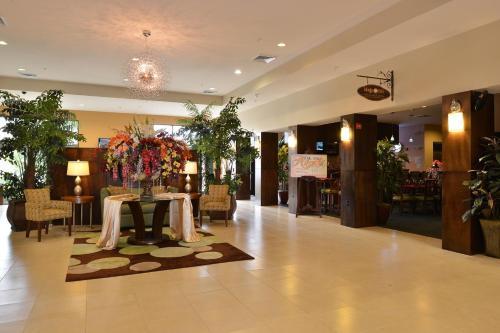 Holiday Inn - Montgomery, AL 36105
