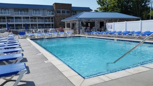 Put-in-Bay Waterfront Condo #202 Photo