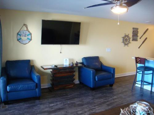 Put-in-Bay Waterfront Condo #107 Photo