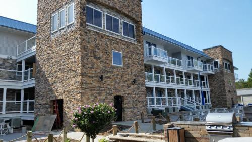 Put-in-Bay Waterfront Condo #109 Photo