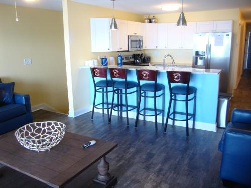 Put-in-Bay Waterfront Condo #106 Photo