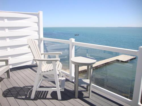 Put-in-Bay Waterfront Condo #201 Photo