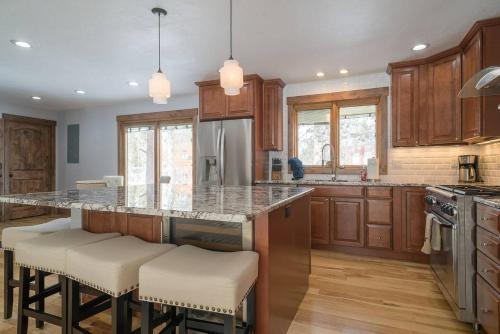 Four Bedroom On Pine - Frisco, CO 80443