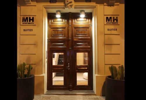 MH Apartments Suites photo 2