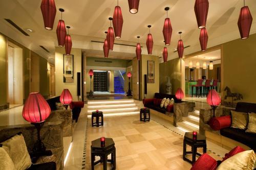 Shangri-La Hotel, Qaryat Al Beri photo 22