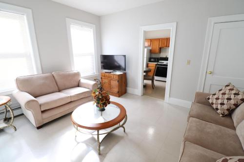 Cozy Apartments Next To Downtown - Hartford, CT 06106