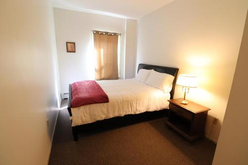 Cozy Apartment Near Downtown Hartford - Hartford, CT 06106