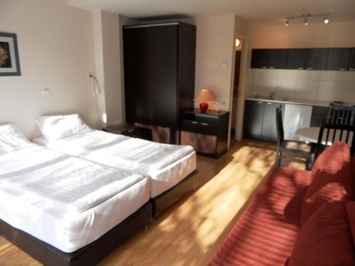 https://q-xx.bstatic.com/images/hotel/max500/136/13615351.jpg