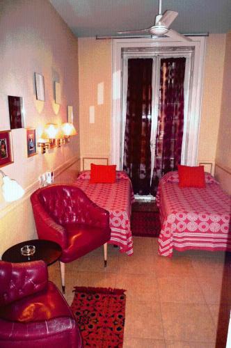 Hostal La Fontana 196