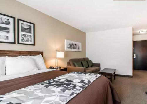 Sleep Inn & Suites Hannibal Photo