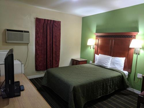 Benton Inn - Benton, KY 42025
