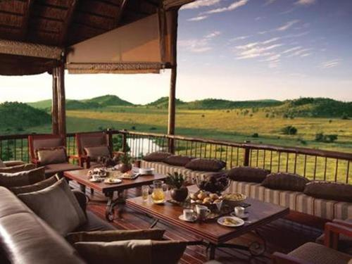 Tshukudu Bush Lodge Photo