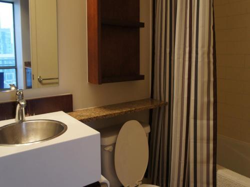 Trillium Suites - Toronto - Toronto, ON M5V 4A5