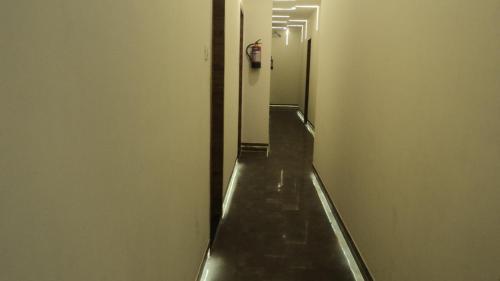 A-HOTEL com - OYO 17338 Shree Krishna Paradise, Hotel, Navi Mumbai