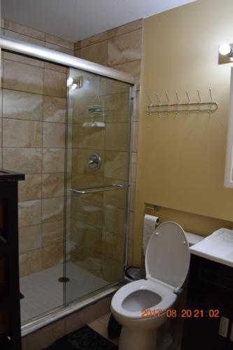 Blackwater Place Gnd Level One Bdrm Suite - Coquitlam, BC V3E 2R4
