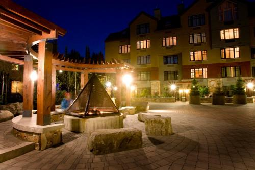 Hilton Whistler Resort & Spa Photo