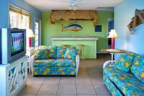 16 Palms - Panama City Beach, FL 32401