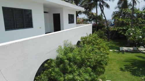 A-HOTEL com - Villa Anna Pondy, guest house, Pondicherry, India