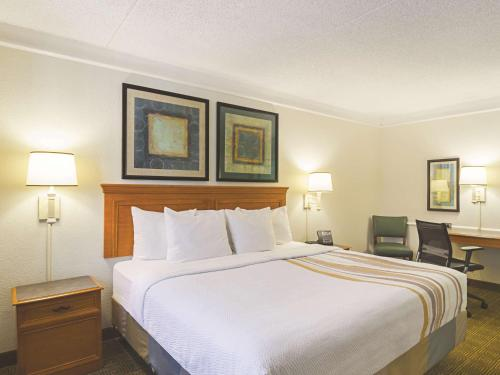 La Quinta Inn Denver Northglenn - Denver, CO 80234