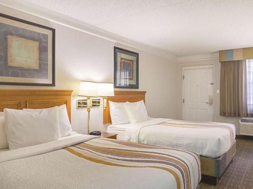La Quinta Inn Denver Northglenn Photo