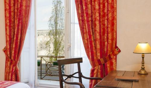 Hotel Du Quai Voltaire photo 24