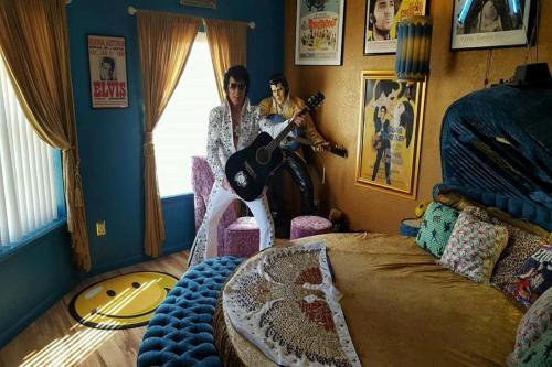 King Condo at Holiday Hills Photo