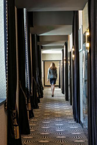 Niepce Paris, Curio Collection By Hilton photo 29