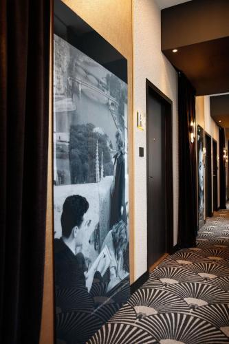 Niepce Paris, Curio Collection By Hilton photo 30