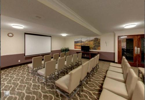 Quality Inn & Suites Murray – Salt Lake City South Photo