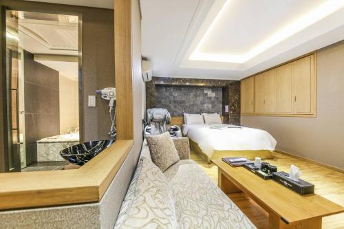 Argo Hotel photo 58