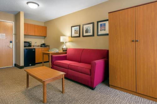 Comfort Suites Wilmington Photo